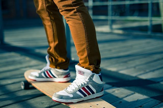 איפה אפשר לקנות נעלי ספורט אונליין